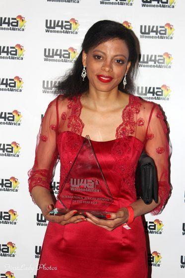 Tonia Dabwe, Women4Africa award | Guide My Growth