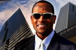 Smiling businessman | Guide My Growth